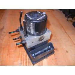 Bomba de ABS Volkswagen Polo 2002 6Q0 614 117 H